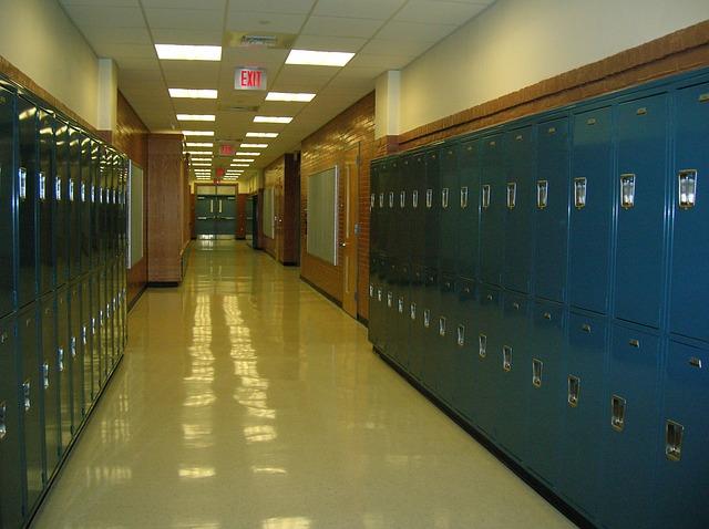 chodba školy
