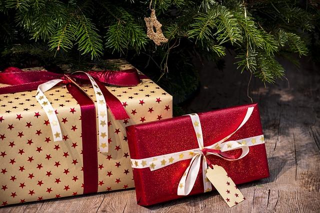 dárky pod stromečkem